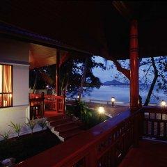Отель Bhundhari Chaweng Beach Resort Koh Samui Таиланд, Самуи - 3 отзыва об отеле, цены и фото номеров - забронировать отель Bhundhari Chaweng Beach Resort Koh Samui онлайн балкон