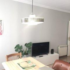 Отель Apartamentos Fomento 25 Испания, Мадрид - отзывы, цены и фото номеров - забронировать отель Apartamentos Fomento 25 онлайн комната для гостей фото 2