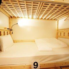 Coins Hostel Tenjin Фукуока комната для гостей