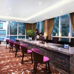 Отель Park Regis Singapore гостиничный бар