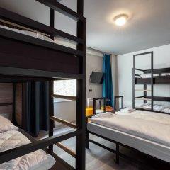 Отель a&o Frankfurt Ostend Германия, Франкфурт-на-Майне - отзывы, цены и фото номеров - забронировать отель a&o Frankfurt Ostend онлайн сейф в номере