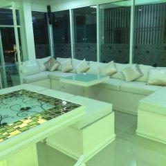 Отель Phuket Airport Suites & Lounge Bar - Club 96 Таиланд, Пхукет - отзывы, цены и фото номеров - забронировать отель Phuket Airport Suites & Lounge Bar - Club 96 онлайн бассейн фото 2