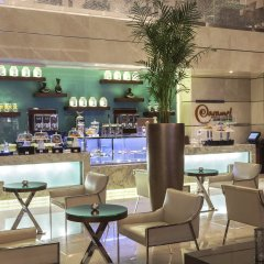 Отель Rosh Rayhaan by Rotana гостиничный бар