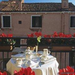 Отель Suites Torre dell'Orologio Италия, Венеция - отзывы, цены и фото номеров - забронировать отель Suites Torre dell'Orologio онлайн питание фото 2