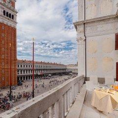 Отель Suites Torre dell'Orologio Италия, Венеция - отзывы, цены и фото номеров - забронировать отель Suites Torre dell'Orologio онлайн балкон