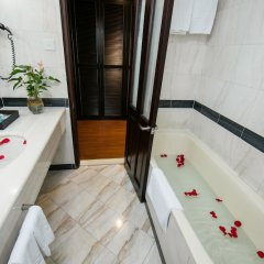 Quoc Hoa Premier Hotel ванная