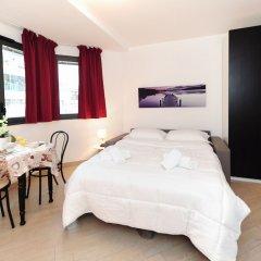 Апартаменты Studio Orange Five Stars Holiday House комната для гостей фото 3