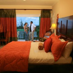 Отель The Cardiff Hotel & Spa Ямайка, Ранавей-Бей - отзывы, цены и фото номеров - забронировать отель The Cardiff Hotel & Spa онлайн комната для гостей