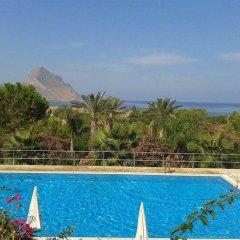 Отель Cala DellArena бассейн фото 3