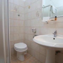 Отель Trinita Dei Monti Рим ванная фото 2