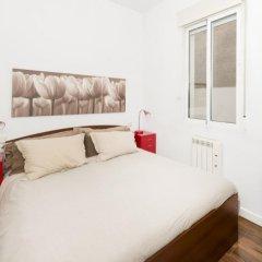 Отель Apartamentos MLR Paseo del Prado Испания, Мадрид - отзывы, цены и фото номеров - забронировать отель Apartamentos MLR Paseo del Prado онлайн комната для гостей фото 4