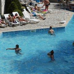 Отель Royal Золотые пески бассейн