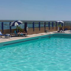 Eva Hotel бассейн