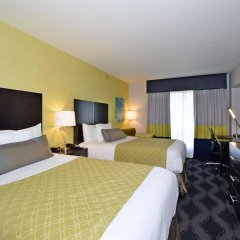 Отель Best Western Plus LaGuardia Airport Hotel Queens США, Нью-Йорк - отзывы, цены и фото номеров - забронировать отель Best Western Plus LaGuardia Airport Hotel Queens онлайн удобства в номере