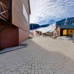 Гостиница ZimaSnow Ski & Spa Club парковка