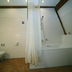 Отель Gutenbergs Латвия, Рига - - забронировать отель Gutenbergs, цены и фото номеров ванная