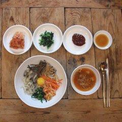 Отель Bukchon Sosunjae Южная Корея, Сеул - отзывы, цены и фото номеров - забронировать отель Bukchon Sosunjae онлайн питание фото 2