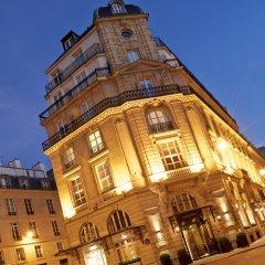 Отель Grand Hôtel Du Palais Royal вид на фасад