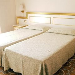 Отель Terme Villa Piave Италия, Абано-Терме - отзывы, цены и фото номеров - забронировать отель Terme Villa Piave онлайн комната для гостей фото 4