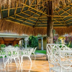 Paraiso Rainforest and Beach Hotel интерьер отеля