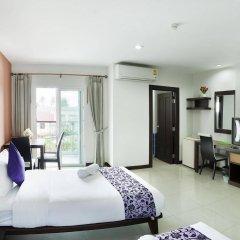 Отель Rattana Residence Sakdidet комната для гостей