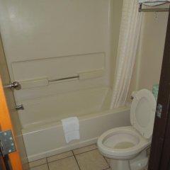 Отель Econo Lodge Columbus ванная