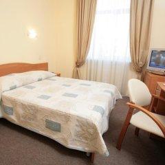 Гостиница Максима Заря 3* Стандартный номер двуспальная кровать
