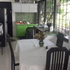 Отель Ridge Bay Chateau Ямайка, Порт Антонио - отзывы, цены и фото номеров - забронировать отель Ridge Bay Chateau онлайн питание