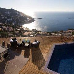 Отель Agi Joan Margarit Испания, Курорт Росес - отзывы, цены и фото номеров - забронировать отель Agi Joan Margarit онлайн бассейн фото 2
