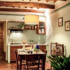 Отель Fattoria Guicciardini Сан-Джиминьяно в номере фото 2
