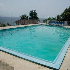 Отель Skymiles Beach Suite At Montego Bay Club Resort Ямайка, Монтего-Бей - отзывы, цены и фото номеров - забронировать отель Skymiles Beach Suite At Montego Bay Club Resort онлайн бассейн фото 3