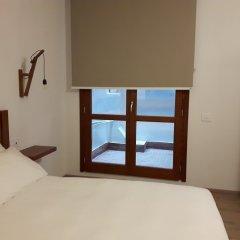 Отель Art Guest House сейф в номере