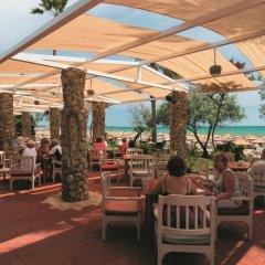 Отель Defne Garden гостиничный бар