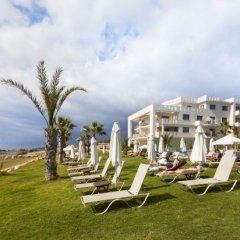 Отель Capital Coast Resort & Spa пляж фото 2