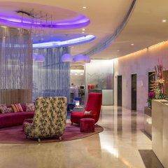 Отель The Park New Delhi Индия, Нью-Дели - отзывы, цены и фото номеров - забронировать отель The Park New Delhi онлайн интерьер отеля фото 3