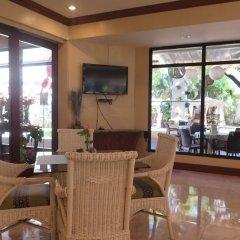 Vacation Hotel Cebu гостиничный бар