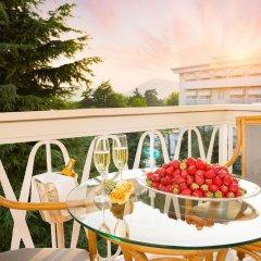 Отель Due Torri Италия, Абано-Терме - отзывы, цены и фото номеров - забронировать отель Due Torri онлайн балкон