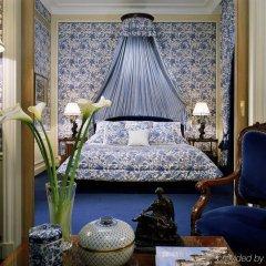 Отель Hôtel San Régis Франция, Париж - 2 отзыва об отеле, цены и фото номеров - забронировать отель Hôtel San Régis онлайн интерьер отеля фото 2