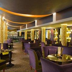 Отель Hôtel Barrière Le Fouquet's гостиничный бар фото 2