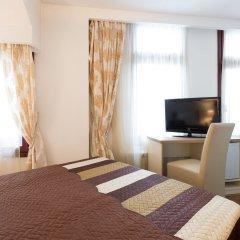 Отель Garni Hotel Villa Family Сербия, Белград - отзывы, цены и фото номеров - забронировать отель Garni Hotel Villa Family онлайн удобства в номере фото 2