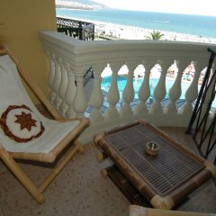 Victoria Palace Beach Hotel балкон