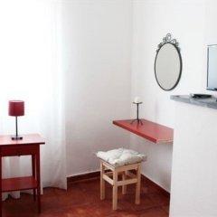 Отель Montejunto Villa удобства в номере
