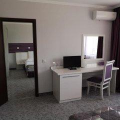 Enira Spa Hotel удобства в номере