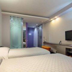 Zira Hotel Belgrade сейф в номере