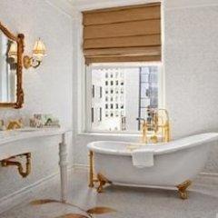 Отель The Plaza Hotel США, Нью-Йорк - отзывы, цены и фото номеров - забронировать отель The Plaza Hotel онлайн ванная