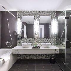 Отель Royal Lotus Hotel Ha long Вьетнам, Халонг - отзывы, цены и фото номеров - забронировать отель Royal Lotus Hotel Ha long онлайн ванная