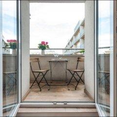 Отель P&O Apartments Emilii Plater 3 Польша, Варшава - отзывы, цены и фото номеров - забронировать отель P&O Apartments Emilii Plater 3 онлайн балкон