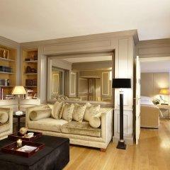 Отель Castille Paris - Starhotels Collezione Франция, Париж - 4 отзыва об отеле, цены и фото номеров - забронировать отель Castille Paris - Starhotels Collezione онлайн комната для гостей фото 8