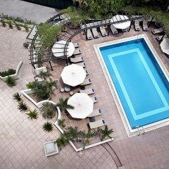 Отель Hilton Hanoi Opera бассейн