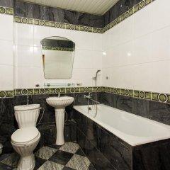 Гостиница На Театральной в Сочи отзывы, цены и фото номеров - забронировать гостиницу На Театральной онлайн ванная фото 2